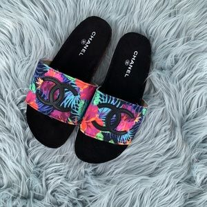 NEW COCO TROPICAL BLACK SLIDES